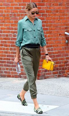 Best dressed this week: 22 August : Olivia Palermo was spotted on the streets of New York looking stylish in a pair of khaki trousers, a shirt and camouflage-print pumps. Look Olivia Palermo, Estilo Olivia Palermo, Olivia Palermo Lookbook, Mode Outfits, Casual Outfits, Fashion Outfits, Denim Fashion, Street Fashion, Zara Tops