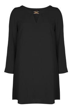 Robe en crêpe noire avec ornement