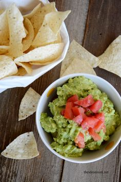 guacamole-recipe theidearoom.net