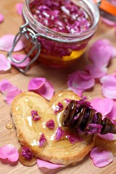 Rose Petal Honey Text from How to Make Herbal Honey with Wild Roses… Flower Food, Honey Recipes, Sweet Sauce, Macaron, Canning Recipes, Chutney, Herbalism, Biscuits, Dessert Recipes