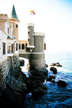 Wulff Castle ~ Viña del Mar, Chile - I'm using this as inspiration for a fairy garden castle. Beautiful Castles, Beautiful World, Beautiful Places, Oh The Places You'll Go, Places To Travel, Places To Visit, Chili Travel, Sainte Lucie, Adventure Is Out There