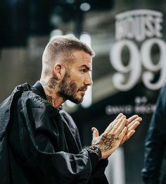 David Beckham - New Popular Pins frisuren männer David Beckham frisuren frauen frisuren männer hair hair styles hair women David Beckham News, David Beckham Haircut, David Beckham Style, David Beckham Short Hair, Trendy Haircuts, Hairstyles Haircuts, Haircuts For Men, Popular Haircuts, Short Hair Cuts