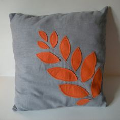 Felt leaf pillow