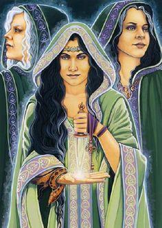 Hécate. la diosa de los acertijos, la doncella, la madre, la anciana