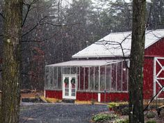 Google Image Result for http://www.arcadiaglasshouse.com/Gallery/Photos/Large/Arcadia-Lean-to-Barn-Greenhouse.jpg