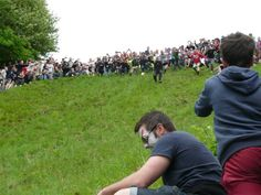 The 2013 Cheese Rolling At Cooper's Hill In Gloucestershire Spring Bank Holiday, Cheese Rolling, Dolores Park, Places To Visit, Rolls, England, Travel, Viajes, Buns