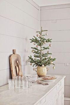 Dreamy Whites: French Farmhouse Christmas | Christmas decor inspiration | Mini Christmas tree idea