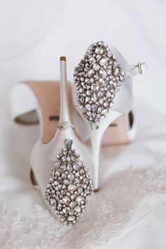 18 Old Hollywood Wedding Ideas to Satisfy Your Inner Celeb - embellished wedding heels for bride {Genevieve Hansen Photography}