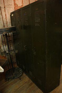 vintage lockers for Z's room...