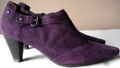 AQUATALIA by MARVIN K Purple Plum Mauve Suede Winter Boots Ankle Heels 6.5