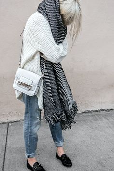 d8998c62d6d nice 25 stylish winter outfits with boyfriend jeans and sweaters