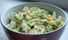 Салат с пекинской капустой горошком и яйцом. Вкусно и сытно