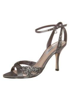 ANITA - High Heel Sandalette - pewte http://www.zalando.de/guess-anita-high-heel-sandalette-pewte-gu111b03c-q01.html