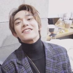 Image shared by jhk. Find images and videos about kpop, icons and nct on We Heart It - the app to get lost in what you love. Lucas Nct, Goofy Smile, Smile Gif, Nct 127, K Pop, Jung Woo, Airport Style, Winwin, Taeyong