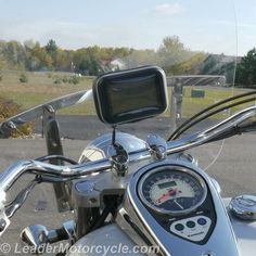 Put your GPS or phone right in front of you while you ride with the Hydra Waterproof Mount for windshield. Vertical or horizontal! http://www.leadermotorcycle.com/windshield-mounts/