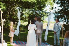 Bohemiskt bröllop på Storholmens koloni: Veronica och Martin — Bröllopsblogg | Sisters in Law
