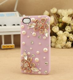 Rhinestone Flower and Pearl Protective Back Case for Iphone 4 4s