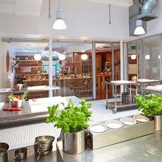 Step inside London's hottest new cookery school L'ateliers des Chefs Cooking School, Cooking Classes, Atelier Des Chefs, Big Day Out, Restaurant Seating, Kitchen Confidential, Step Inside, Healthy Cooking, Table Settings