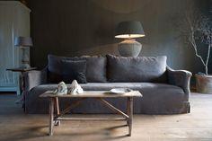 LOVE this sofa! De Stamkamer - Binnenhuisadvies