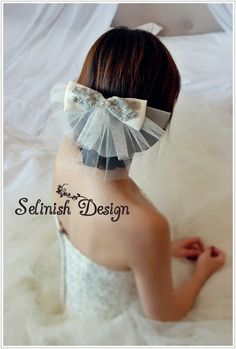 very cute veil alternative - 2 Tier Short Bow Veil  Elegance Veil Bridal by SelinishDesign, $43.50