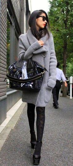 Fashion Week. Givenchy Nightingale Bag