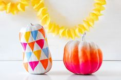 Ombre pumpkin - 15 Awesome No-Carve Pumpkins I Halloween No-Carve Pumpkin Ideas - ParentMap
