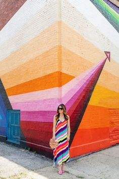 Jennifer Lake Style Charade in a colorful Topshop maxi dress and multicolor Cult Gaia bag at a Chicago rainbow stripe mural created by Yollicalli Murals Street Art, Graffiti Murals, Mural Art, Wall Murals, Chicago Murals, Chicago Street, Graffiti Designs, Office Wall Decor, Home And Deco