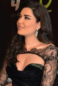 Cyrine Abdel Nour Beautiful Muslim Women, Most Beautiful, Arab Celebrities, Nour, Beautiful Bollywood Actress, Indian Beauty, Hair Lengths, Role Models, New Hair