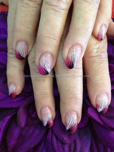Pink,+black+and+white+freehand+feather+nail+art+over+acrylic+nails