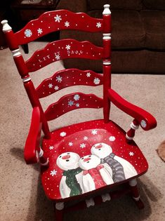 Painted Chairs with holiday themes . Dixcie's Painted World...there's much more on this talented lady's FB page...