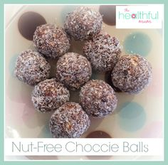 Nut-free and seed-free choccie balls perfect for the kids lunch boxes! Protein Snacks, Protein Ball, Healthy Snacks, Nut Free Snacks, Bellini Recipe, Muesli Bars, Super Healthy Kids, Nutribullet Recipes, Nut Allergies