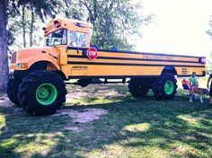 It's a bus truck! Cool Trucks, Big Trucks, Pickup Trucks, Cool Cars, Truck Memes, Used School Bus, School Buses, Redneck Trucks, Redneck Humor