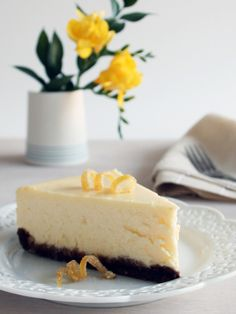 Lemon Cheesecake with a Gingersnap Crust