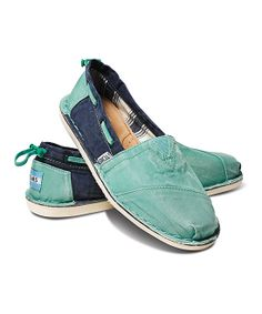cant get enough TOMS!