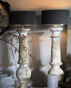 Nu in de shop; balusterlampen vervaardigd van oude balusters. Mooi licht van kleur. Vandaag de laatste klusjes voor het open huis van vrijdag en zaterdag. Van harte welkom! Info op de website. #balusterlampen #openhuisdagen #landelijkwonen #wonenlandelijkestijl #stijlvolwonen #sober #interiordesign #interior #interiorinspo #interieuradvies #stylingadvies #aurapeeperkorn #aurapeeperkorninterieur