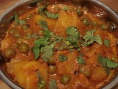 Indian food for beginners - Aloo Mutter Korma
