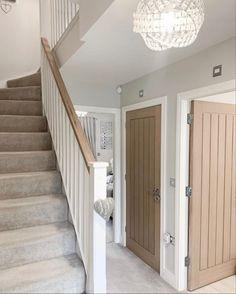 Stairs And Hallway Ideas, Hallway Ideas Entrance Narrow, Entrance Hall Decor, House Entrance, House Doors, House Stairs, House Extension Design, House Design, Hall Room Design