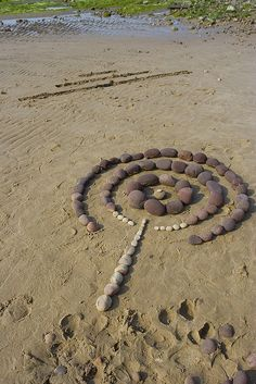 I had to make something out of the remnants of the purple cairn and this was it