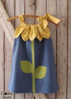 Items similar to Sunny Flower Pillowcase Dress – Girl Christmas Dress Pattern PDF. Kid's Children's Clothing. Easy Sew Sizes thru 10 included on Etsy - Kindermode Love Sewing, Sewing For Kids, Baby Sewing, Dress Sewing, Sewing Patterns Girls, Dress Patterns, Fashion Kids, Fashion Design, Little Girl Dresses