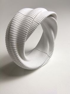 Daniel Widrig, London architect, uses 3D for clothes and jewellery