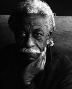 This was my favorite photographer as a child. His work introduced me to photography. Gordon Parks, most famous African American Photographer of the century who passed away @ 93 years of age. African American Artist, African American History, American Artists, Famous African Americans, Gordon Parks, African Diaspora, Famous Photographers, Portraits, Black Is Beautiful