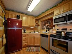 Fly Away 1 Bedroom Vacation Cabin Rental in Pigeon Forge, TN