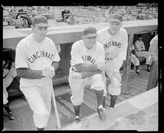 """Late - Cincinnati Reds coach Phil Page, manager Johnny Neun, and coach George """"Highpockets"""" Kelly on dugout steps at Braves Field. Baseball Stuff, Baseball Cards, Baseball Manager, Johnny Bench, Leslie Jones, Cincinnati Reds Baseball, Boston Public Library, Coach Me, Great Team"""