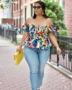 17 Cool Plus Size Summer Outfits – Plus Size Models Look Plus Size, Plus Size Jeans, Plus Size Blouses, Plus Size Women, Plus Size Style, Plus Size Girls, Outfits Casual, Curvy Outfits, Mode Outfits
