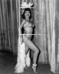 Hollywood dancer and choreographer Marie Bryant. A former Cotton Club dancer Vintage Black Glamour, Vintage Beauty, Burlesque Vintage, Vera Ellen, Black Pin Up, Cotton Club, Black Is Beautiful, Beautiful Curves, Our Lady