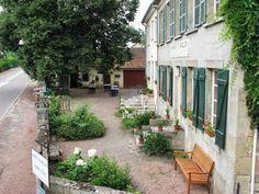 Auberge le Grillon – The Inn