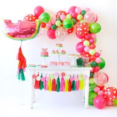 Love this set up! It's perfect... I need a little table like this for my set up @happywishcompany