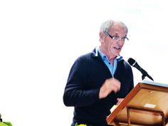 Walter Graf ehrt den allzu früh verstorbenen und sehr geschätzter VAW Präsident Bruno Diebold