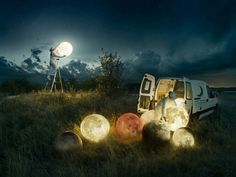 Photographer and Photoshop master Erik Johansson decided to present a behind-the-scenes look at how he produced one of his classics, Full Moon Service. Moon Photography, Surrealism Photography, Conceptual Photography, Photography Tricks, Artistic Photography, Travel Photography, Surreal Photos, Surreal Art, Image Ciel