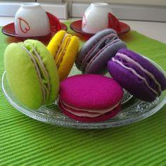 dolci  macarons tortine decoro pasticcini dolci finti di Lunambra